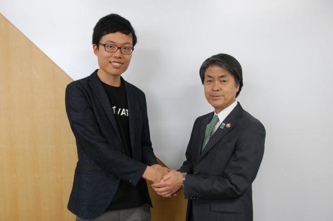 太田稔彦豊田市長と株式会社SkyDrive代表取締役福澤知浩