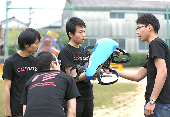 Succeeded SkyDrive unmanned vehicle SD-00 driving & hovering